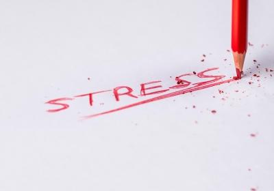 7 atitudes simples que podem diminuir o estresse no trabalho